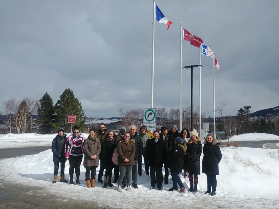 Levée drapeau Grenfell Campus